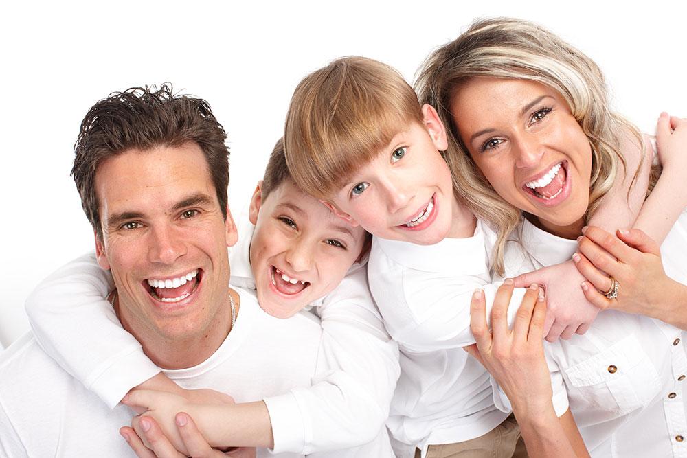 stockfresh_id4247_happy-family_sizeXXL_5c2205